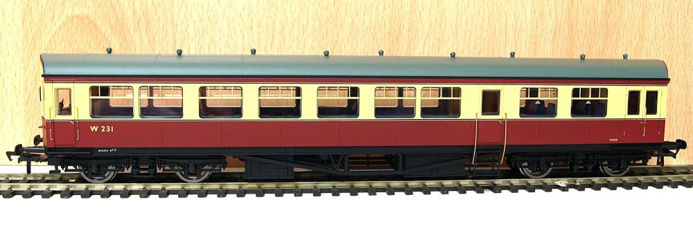 Bachmann 39-575 	BR Auto Trailer Crimson & Cream