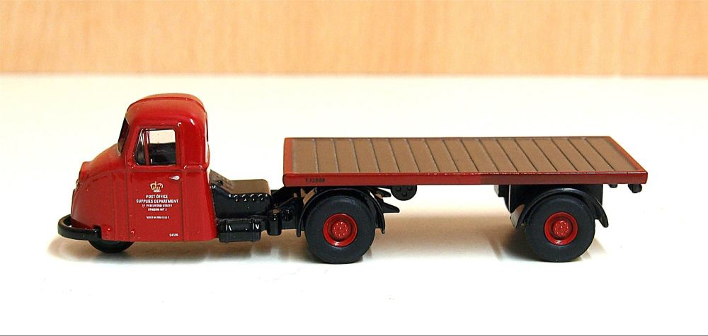 Oxford Diecast 76RAB007   Post Office Scammell Scarab & Flatbed Trailer