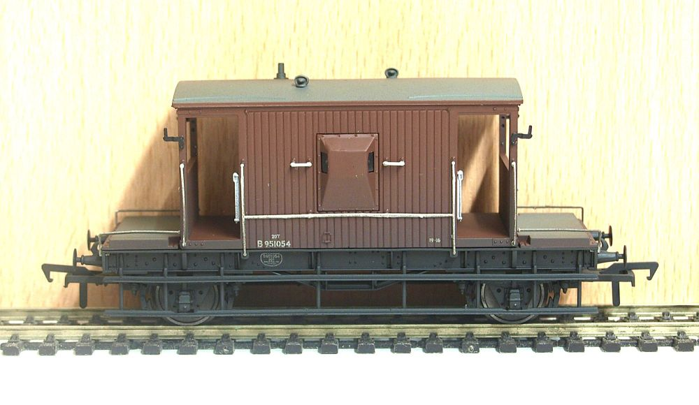 Bachmann 37-531  20ton brake van BR Bauxite (weathered)