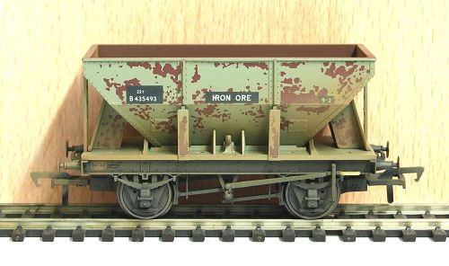 Bachmann 37-508 	 22 Ton Ore Hopper Wagon BR Grey (Weathered)