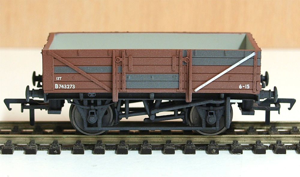 Bachmann 33-087   BR China clay wagon (weathered)