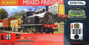 Hornby R1126   Mixed Freight Digital Set