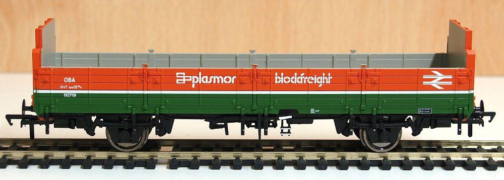 Bachmann 38042A   31 Tonne OBA Open Wagon BR Plasmor Blockfreight
