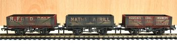 Bachmann 37097  Coal Trader' Pack 5 Plank Wagons Weathered