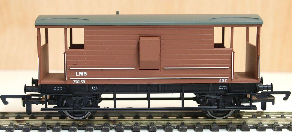 Hornby R6768  LMS 20T Brake van