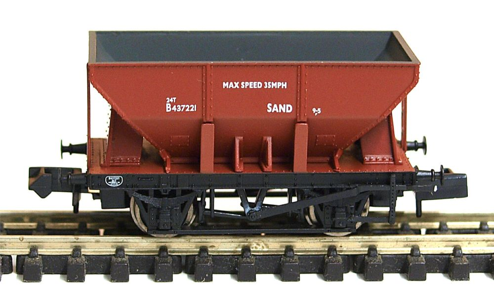 Graham Farish 373216 	24 Ton Ore Hopper Wagon BR Brown