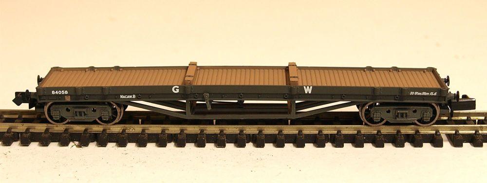 Graham Farish 373927B  GWR Bogie Bolster wagon (steel load)
