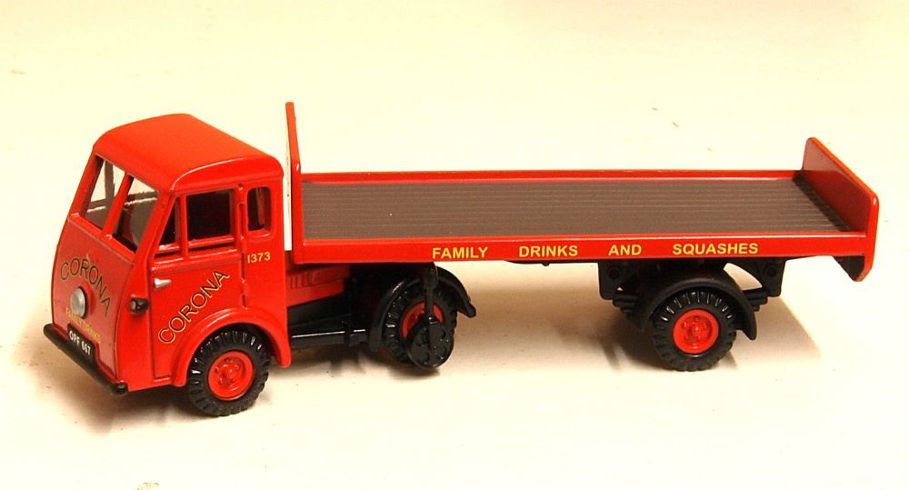 Classix EM76505  Jen-Tug - Head & tailboard trailer 'Corona Soft Drinks'