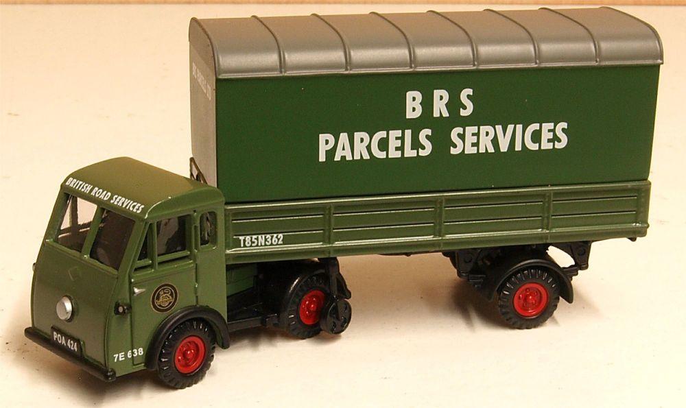 Classix EM76507  Jen-Tug - Parcel van trailer 'British Road Services'