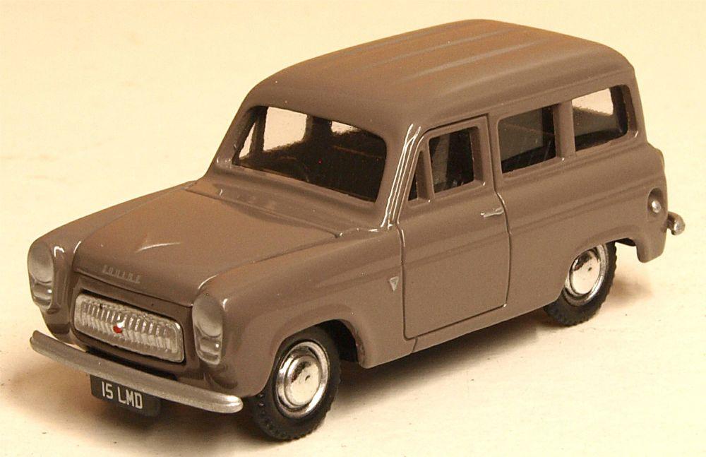 Classix EM76872  Ford 100E Squire Estate (1957-59)