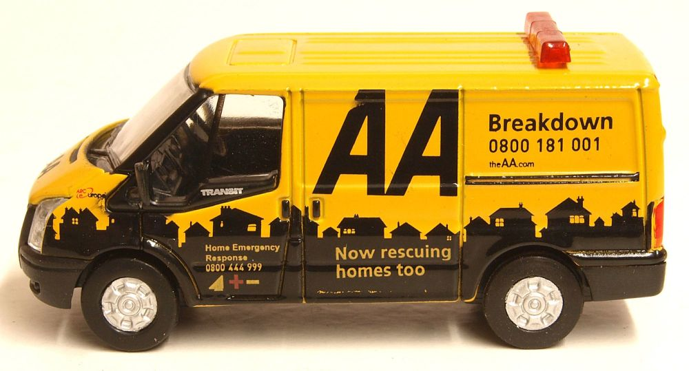 Oxford Diecast 76FT016   Ford Transit SWB Low Roof AA