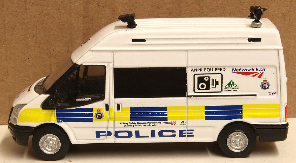 Oxford Diecast 76FT026  Ford Transit LWB High van Network Rail