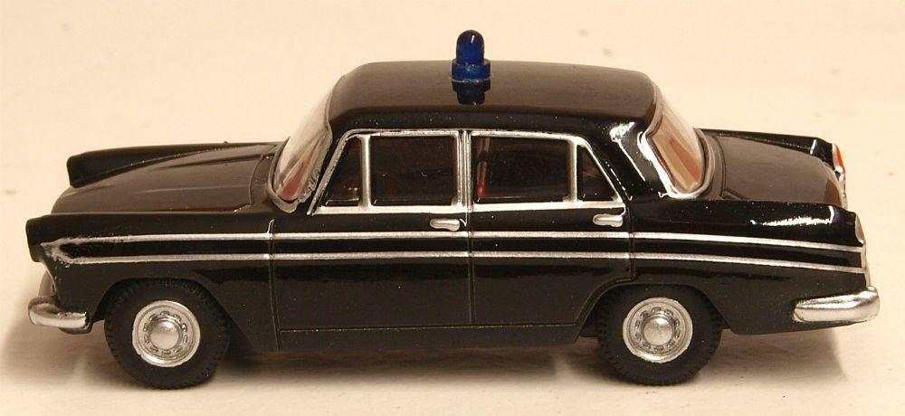 Oxford Diecast 76ACF005  Austin Cambridge A60 Farina Hertfordshire Police