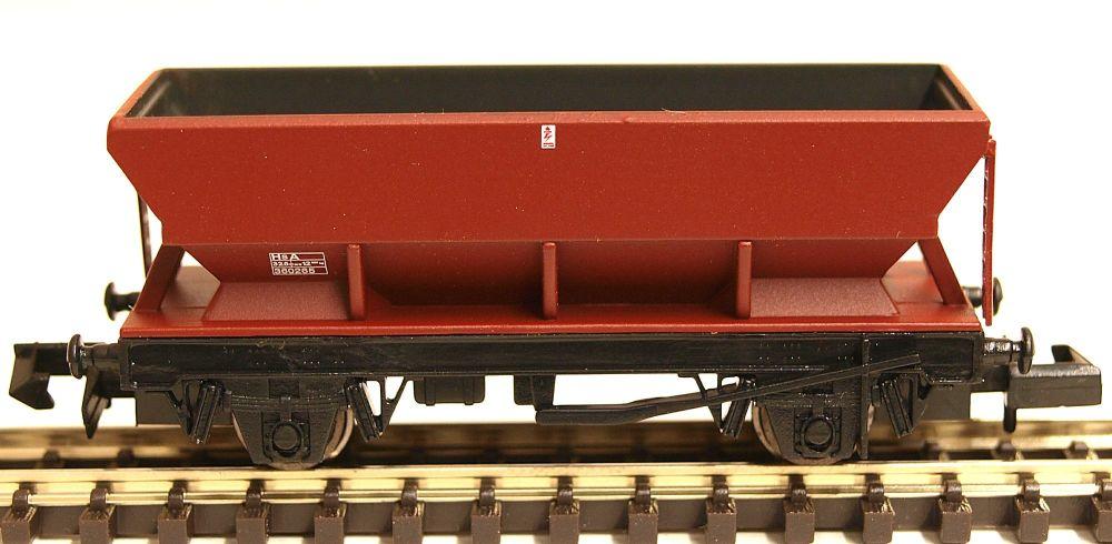 Graham Farish 373502C   HEA Hopper Wagon Bauxite