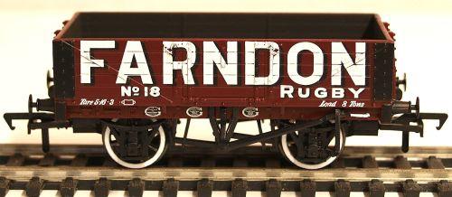 Bachmann 37064  5 Plank wagon 'Farndon'