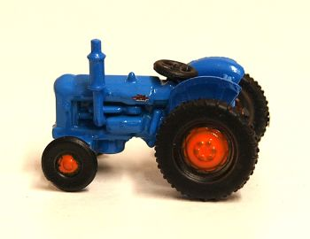 Oxford Diecast NTRAC001   Blue Fordson Tractor - 1:148 Scale