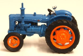 Oxford Diecast 76TRAC001  Fordson Tractor Blue
