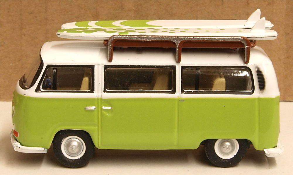 Oxford Diecast 76VW028  VW Bay Window Bus/Surfboards
