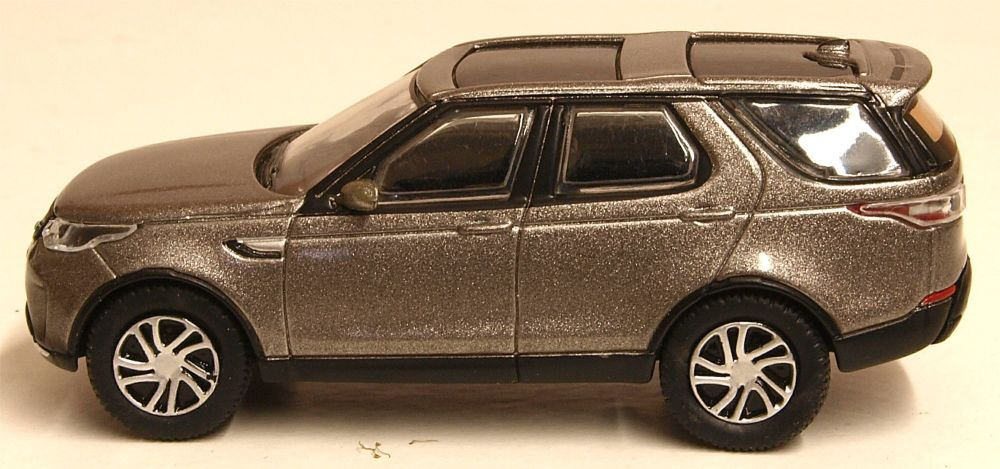 Oxford Diecast 76DIS5001  Land Rover New Discovery 5 HSE Silver