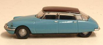 Oxford Diecast 76CDS005  Citroen DS19 Monte Carlo Blue/Aubergine