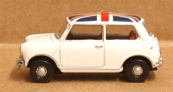 Oxford Diecast 76MN011  Austin Mini Cooper White Union Flag