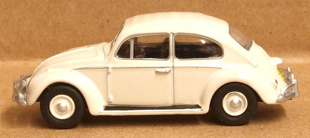 Oxford Diecast 76VWB008  VW Beetle Lotus White