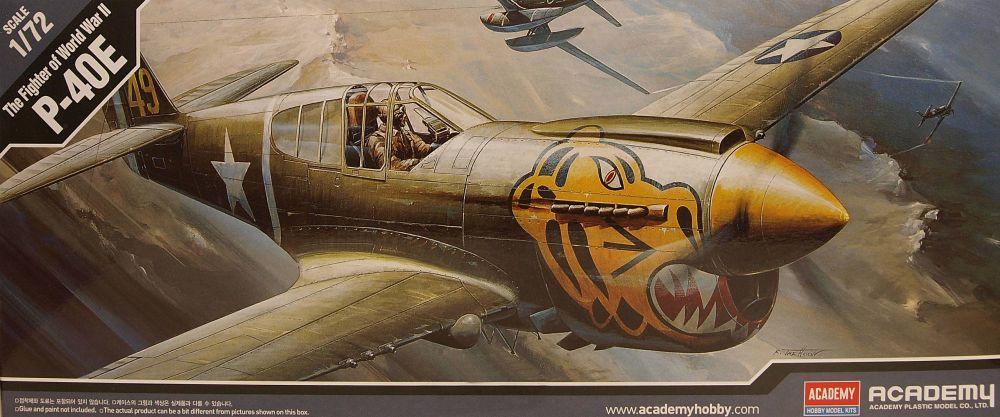 Academy PKAY12468  P-40E Warhawk