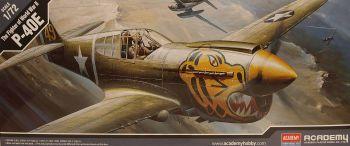 Academy 12468  P-40E Warhawk