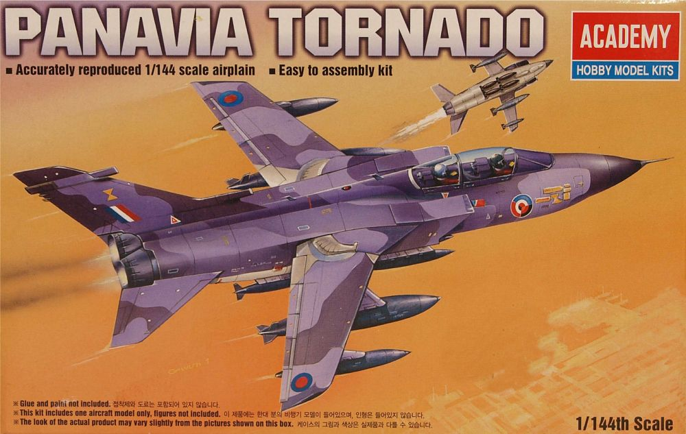 Academy 4431  Panavia Tornado