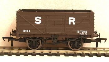 Bachmann 37090  7 Plank End Door Wagon SR Brown