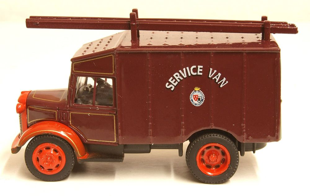 Oxford Diecast 76ATV008  Austin ATV Newcastle & Gateshead Fire Service