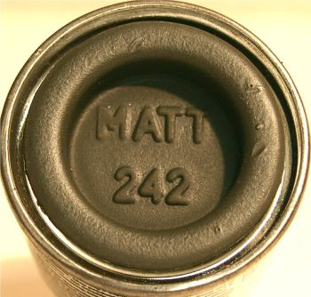Humbrol 242 (Matt) Enamel  RLM 71 Dunkelgrun  AA2242