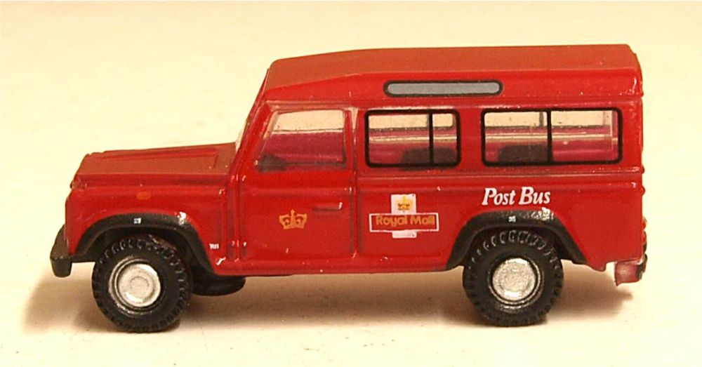 Oxford Diecast NDEF002  Land Rover Defender Royal Mail