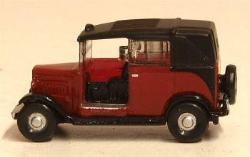 Oxford Diecast NAT004  Austin Low Loader Taxi Burgundy