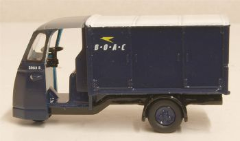 Oxford Diecast 76WE006  Wales & Edwards Standard Van B·O·A·C