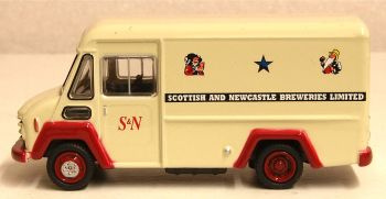 Oxford Diecast 76CWT004  Commer Walk Thru Scottish & Newcastle
