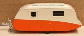 Oxford Diecast 76CV001  Caravan  Cream Orange