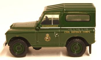 Oxford Diecast 76LR2S005  Land Rover Series II SWB Hard Back Civil Defence