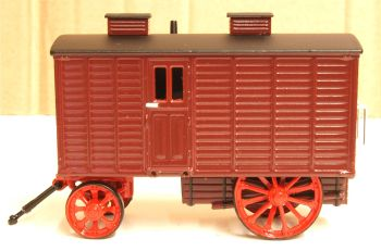 Oxford Diecast 76LW001  Living Wagon Maroon Red