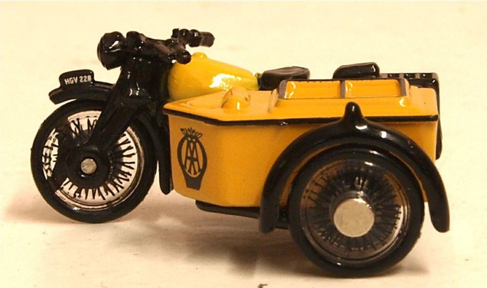 Oxford Diecast 76BSA001  AA Motorcycle and Sidecar