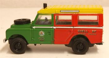 Oxford Diecast 76LAN2013  Land Rover Series II Station Wagon Shell BP