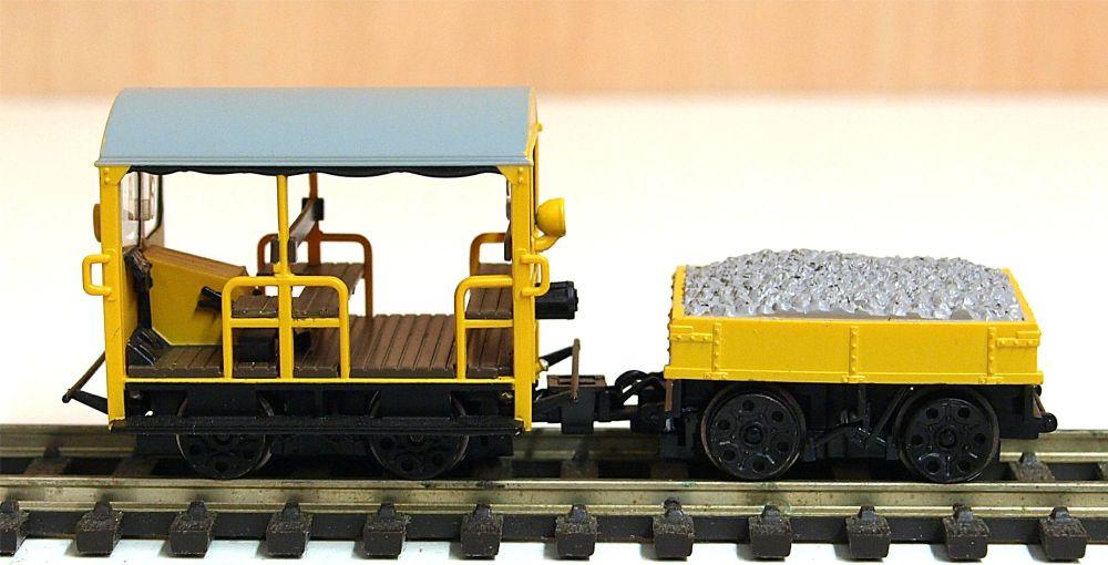 Branchline 32992  BR Wickham Trolley car (yellow)