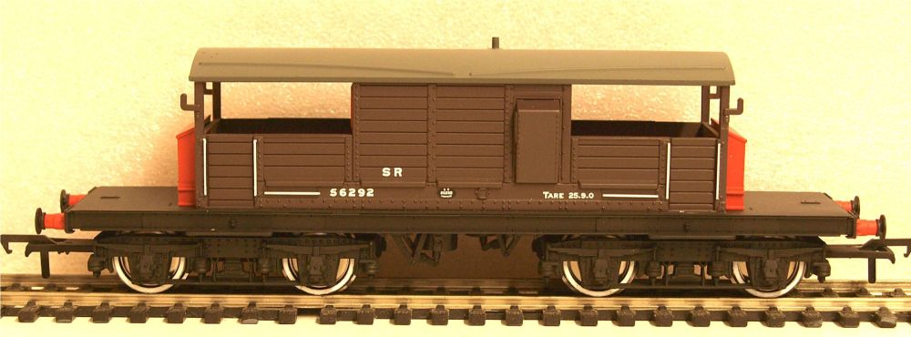 Bachmann 33-827C   SR 25T Queen Mary brake van
