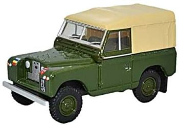 Oxford Diecast 76LR2S006  Land Rover Series II SWB Canvas REME