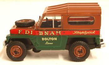 Oxford Diecast 76LRL006  Land Rover Lightweight Hard Top Fred Dibnah