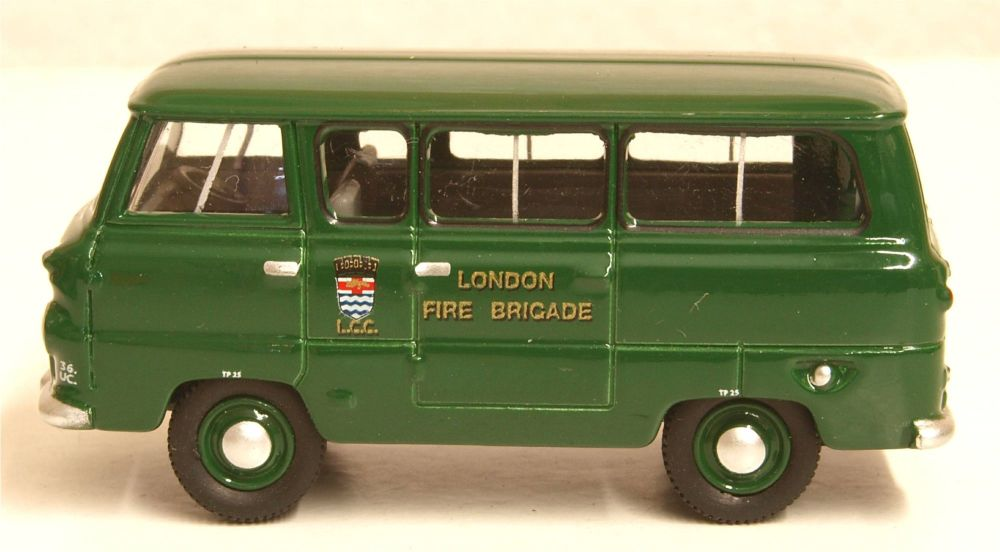 Oxford Diecast 76FDE016  Ford 400e Minibus London Fire Brigade - Green