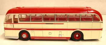 Oxford Diecast 76DR001  Duple Roadmaster Belle Vue Coaches 1:76 Scale