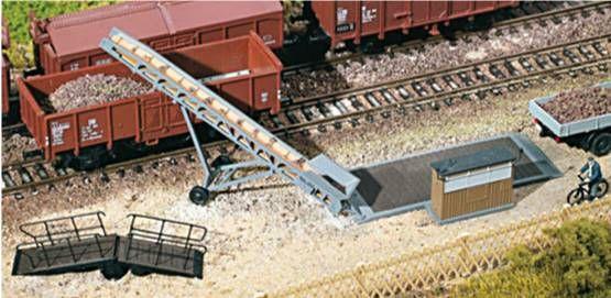 Auhagen 11414  Loading ramp equipment 'HO/OO'