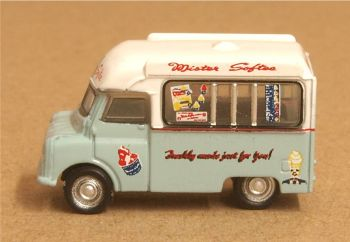 Oxford Diecast NCA021  Bedford CA Ice Cream Van Mr Softee
