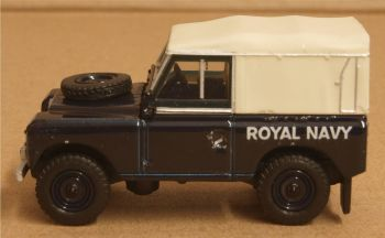 Oxford Diecast 76LR3S004  Land Rover Series III SWB Canvas Royal Navy